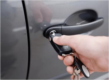 Az autózár nyitás Budapest cégeinél igényelhető